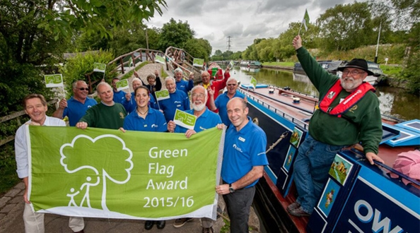 Macclesfield Canal in Cheshire, managed by the Canal and River Trust, achieves the Green Flag Award.